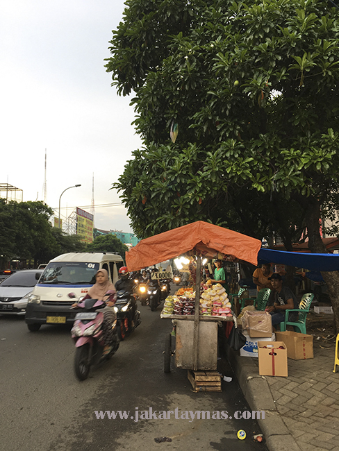 Acera ocupada en Yakarta