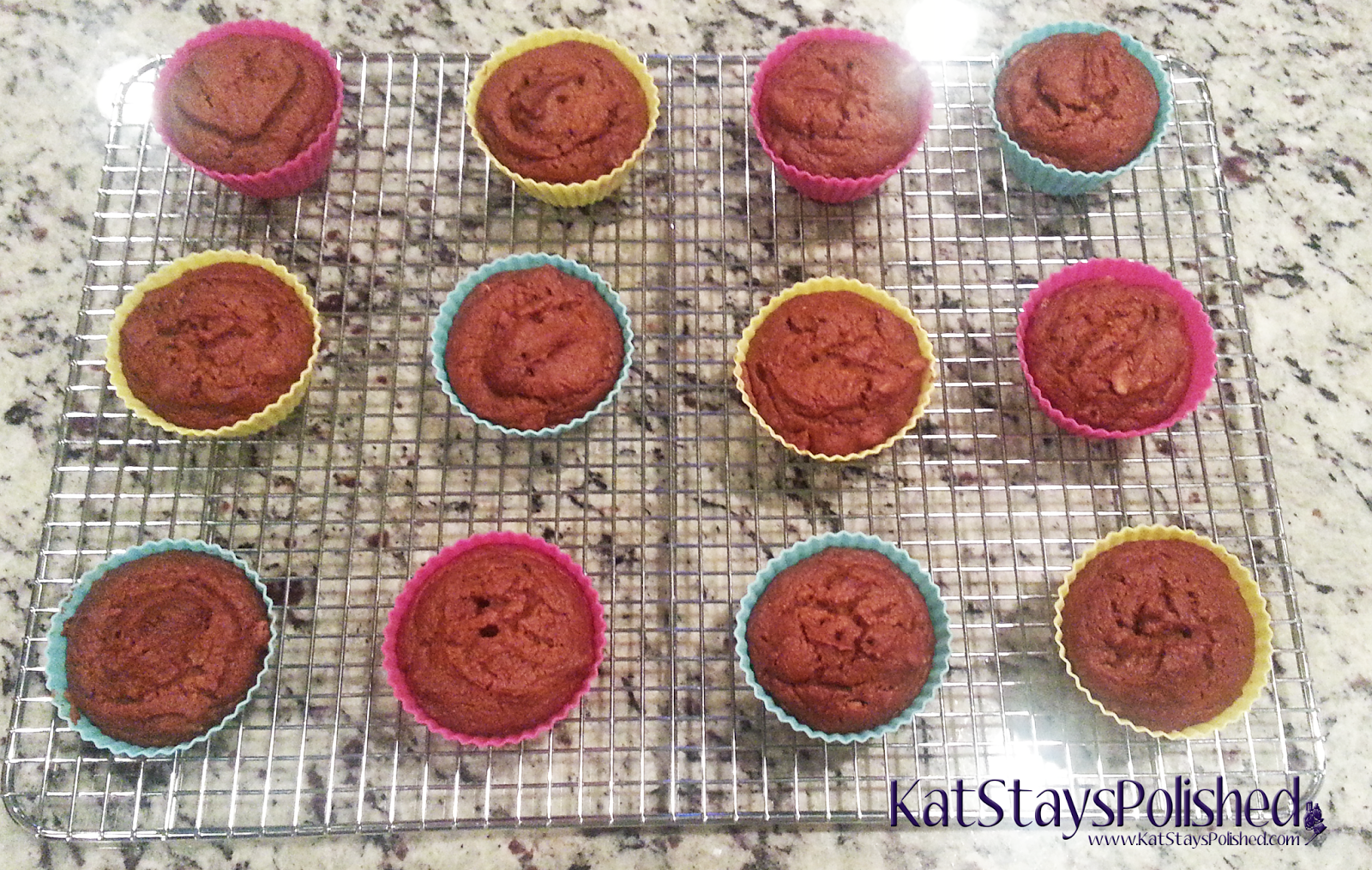 OvenArt Bakeware Silicone Baking Cups | SkinnyTaste Pumpkin Nut Muffins | Kat Stays Polished