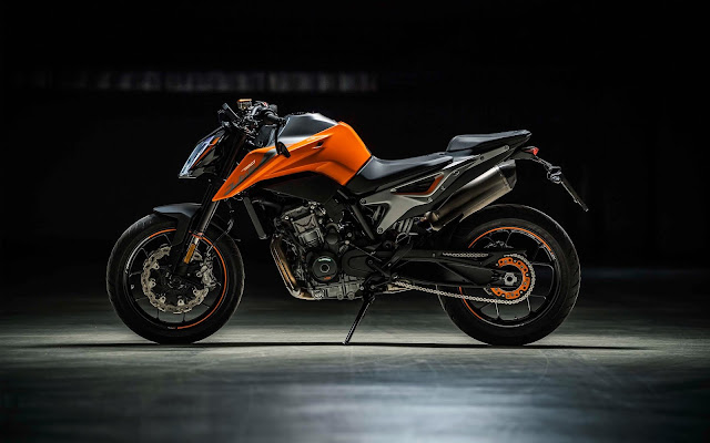KTM 790 Duke 2019 side view