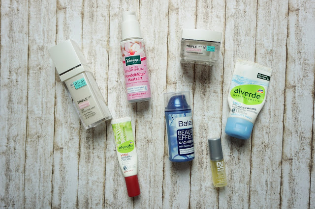 Rival de Loop - Triple Lift Intensiv Serum und Augencreme   Kneipp - Leichte Gesichtspflege Mandelblüten Hautzart   alverde - Med Pflegecreme Heilquellenwasser   alverde - Vital Augencreme Lupinen-Peptide   Balea - Beauty Effect Nachtserum   Nude - Progenius Omega Treatment Rescue Oil