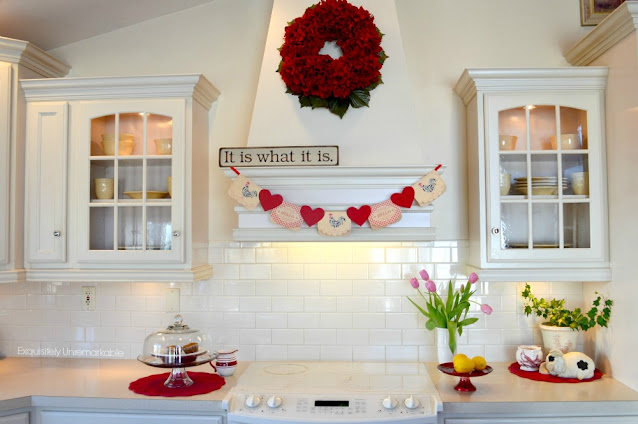 Kitchen hood with valentine banner