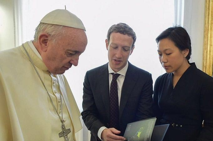 Facebook owner Mark Zuckerberg and wife visit Pope Francis