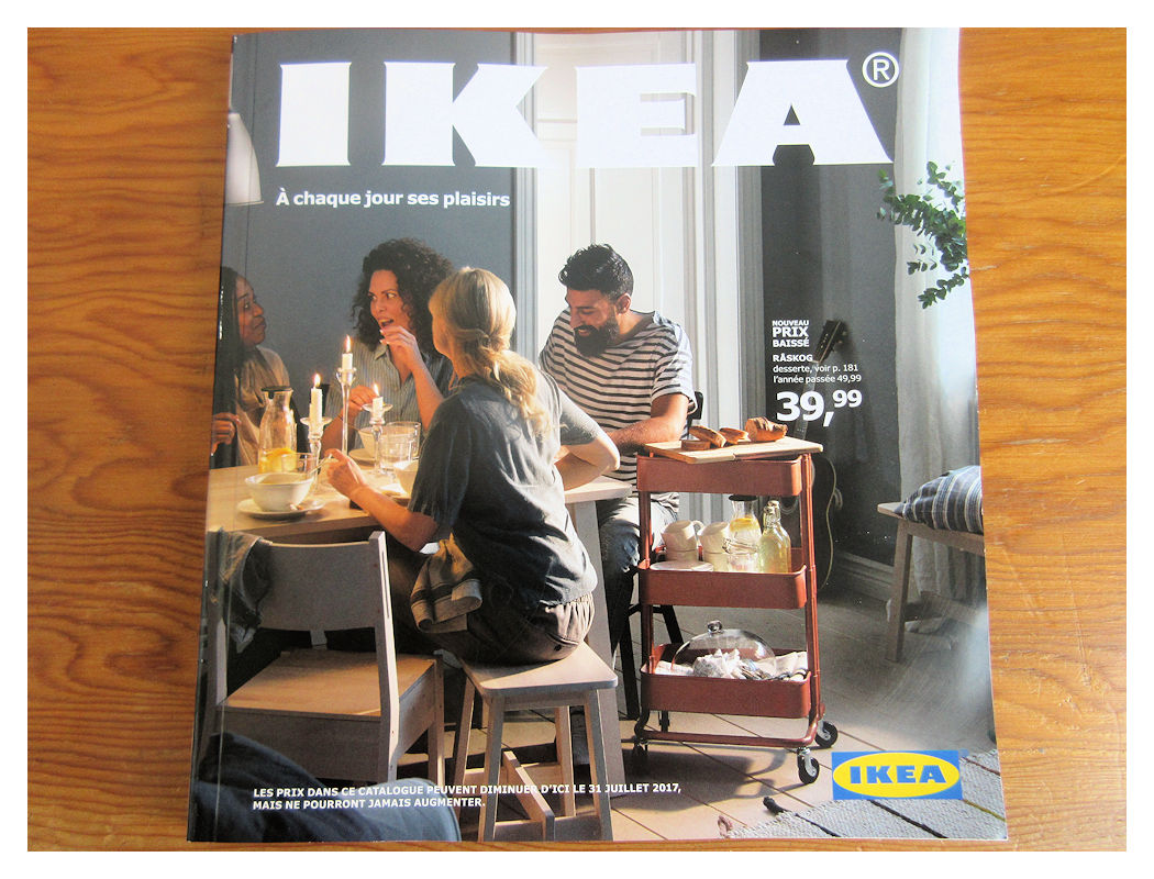 le monde de necile le nouveau catalogue ikea 2017 est arriv. Black Bedroom Furniture Sets. Home Design Ideas