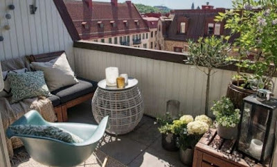 Balcony Decoration Ideas For Refreshing Houses