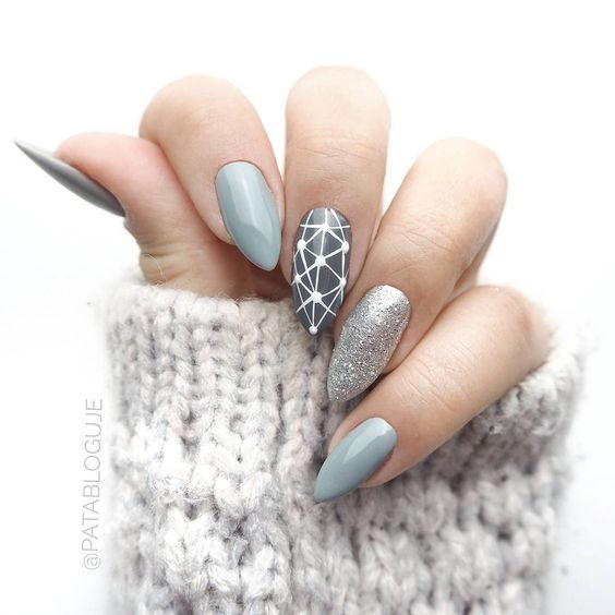 cute nail art idea to copy right now