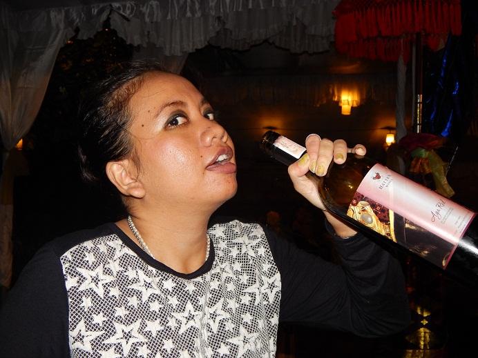 Buku Harian Retty Regina Kehidupan Malam Di Legian Bali