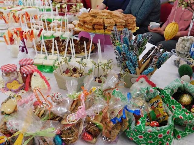 smakołyki wielkanocne, słodycze i ciasta, tradycje świąteczne