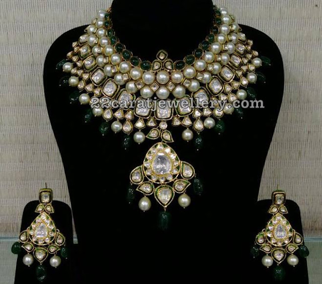 Pearls Studded Jadau Necklace