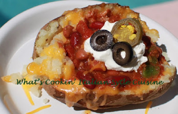 How to make crock pot baked potatoes