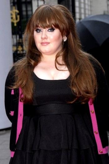 Adele luciendo mas gorda o subida de peso