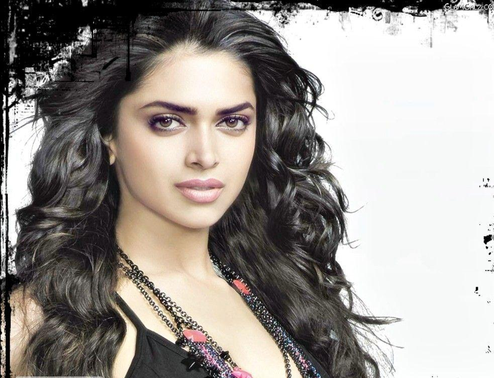 Latest Wallpaper Deepika Padukone New Hot Desktop HD Wallpapers 2012