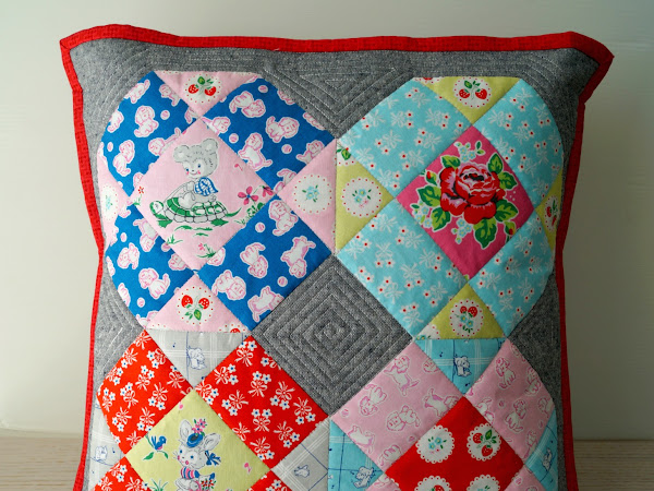 Strawberry Biscuit Pillow {Free Pattern}