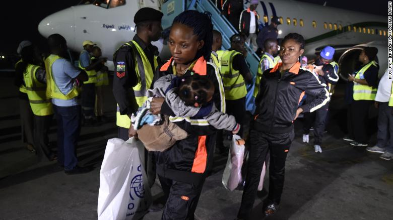 Nigerians return home with a warning to others: Don't go to Libya