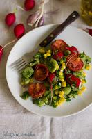 (salatka z bobu i rzodkiewek