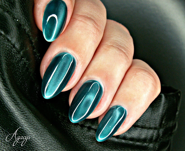 http://agacys.blogspot.com/2016/04/gelique-magnetique-turquoise-from-nails.html