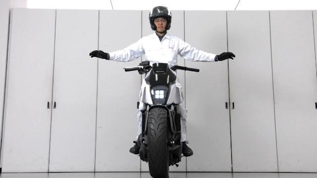 Sepeda motor Honda Self Balancing