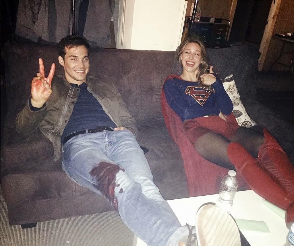 Melissa Benoist as Supergirl with Chris Wood : スーパーガールのメリッサ・ベノイストと恋人のクリス・ウッド❤