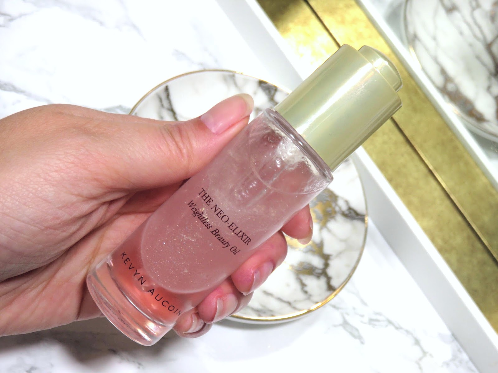 Review | Kevyn Aucoin The Neo-Elixir Weightless Beauty Oil
