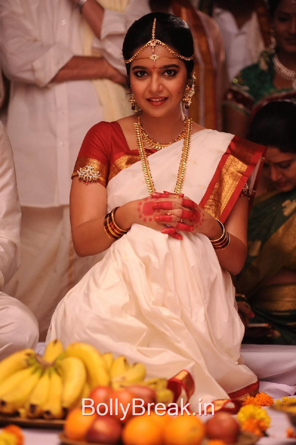 Swathi Photos, Actress Swathi Stills From Tripura Movie