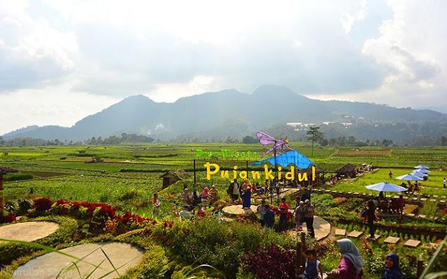 Landmark Desa Wisata Pujon Kidul Malang