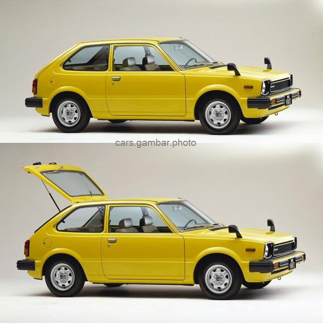 2nd Gen Honda Civic 3-door 1300 GL 1980 sideview