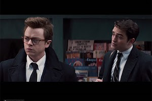 Robert Pattinson and Dane Dehaan in the trailer of the film of James Dean LIFE