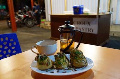 Choux Pastry di Ngafe Yok, Pontianak