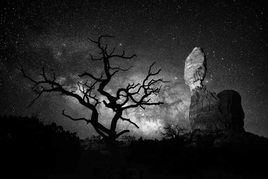 These Are The 35 Best Pictures Of 2016 National Geographic Traveler Photo Contest - Balanced Rock, Utah