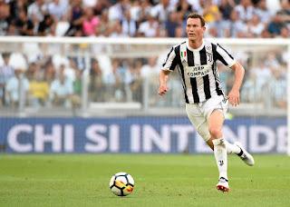 Pensiun Dari Juventus Stephan Lichtsteiner Ingin Menjalani Kehidupan Yang Bahagia
