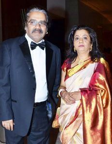 Hariharan Family Wife Parents children's Marriage Photos
