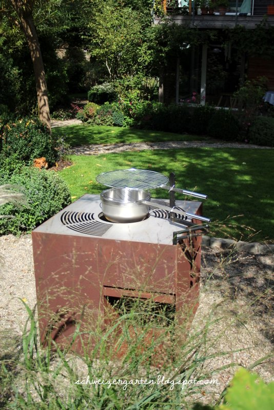 Ein Schweizer Garten: Die neugestaltete Grillstelle