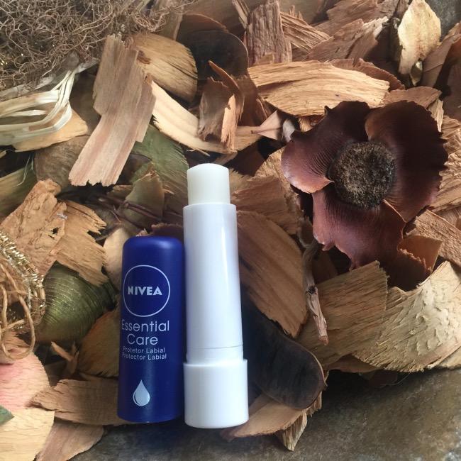 NIVEA Lip Care Essential - Proteção Labial