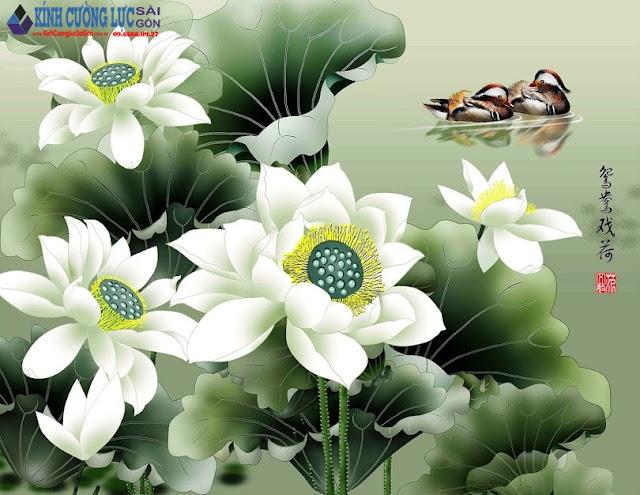 Bí ẩn kinh hoàng phía sau bức tranh kính hoa sen