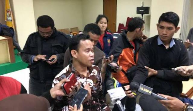 Pelaku Kampanye Modus Sembako Bisa Diseret ke Penjara, Netizen: Tu Banyak Video Bersliweran Pake Baju Kotak-kotak, Berani Ga Bawaslu?