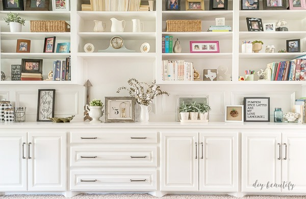 painted built-ins with new hardware | diy beautify