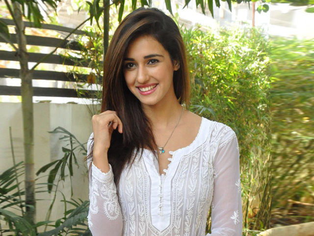 List of Upcoming Movies of Disha Patani in 2017-18-19 Wiki, Disha Patani Latest & New With Release Dates, Actor, Actress name