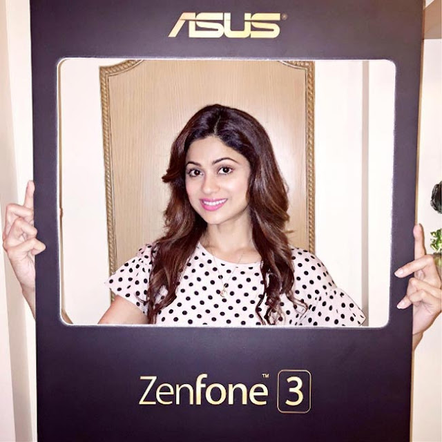 Shamita Shetty promotes Asus Zenfone 3 series smartphones - Actress Shamita Shetty clicked during promotion of Asus Zenfone 3 series smartphones.