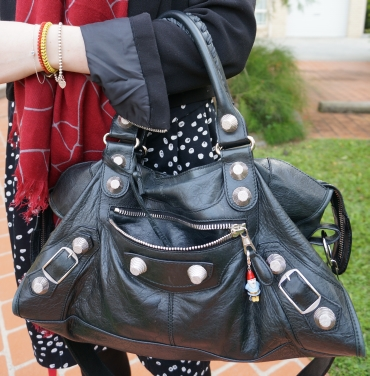 Away from blue style balenciaga 2010 black part time bag GSH scarf and polka dot dress