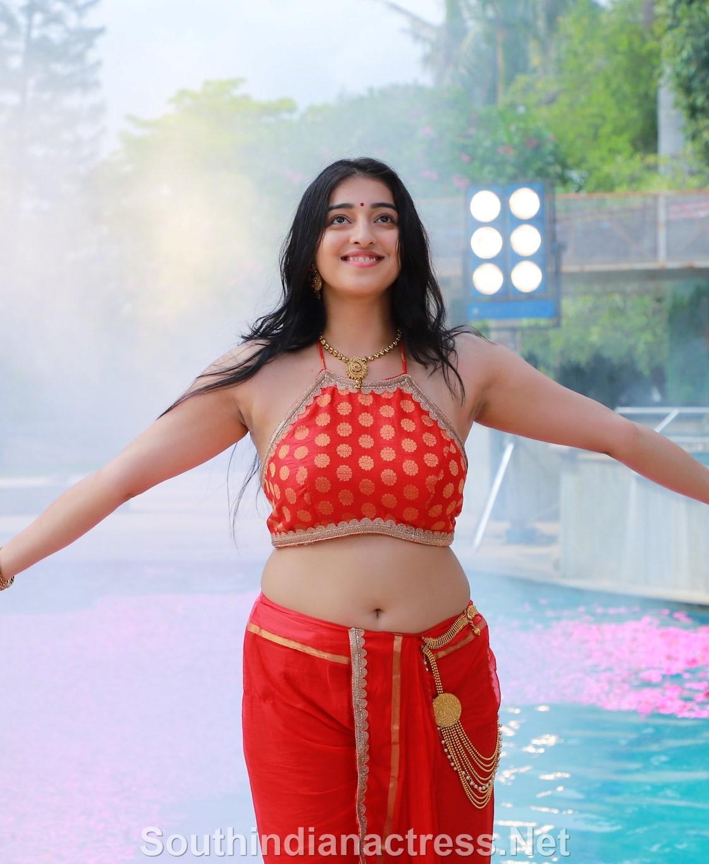 Mouryaani Hot Navel Show Stills From Sundarangudu Telugu Movie