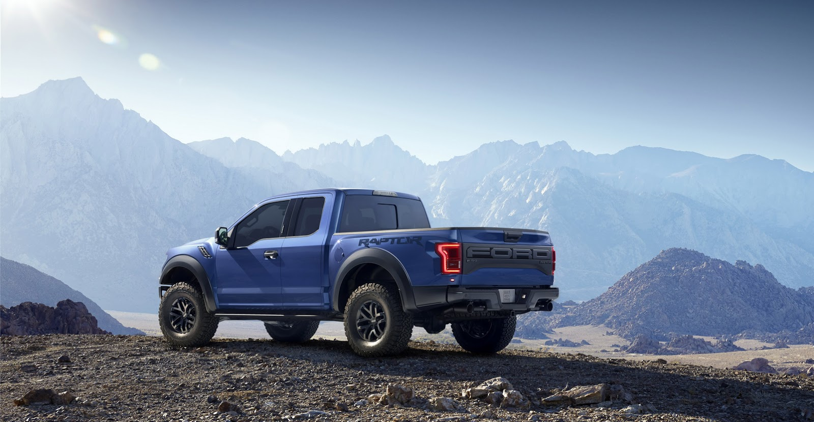 2017 ford f 150 raptor confirmed with 450 hp and 510 lb ft v6 turbo. Black Bedroom Furniture Sets. Home Design Ideas