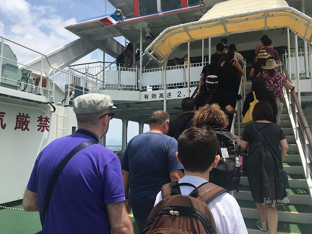 Ferry a la isla