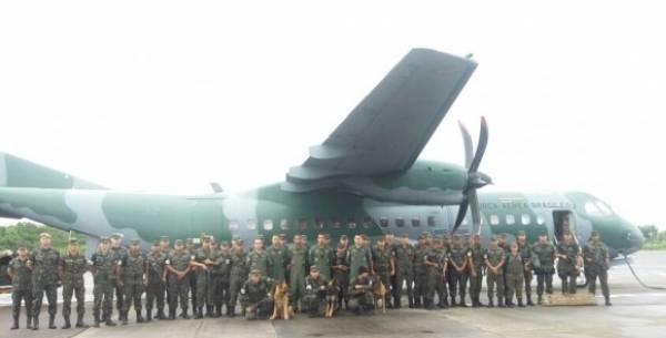 Pelotão de cães da Força Aérea realiza faro em presídios da região Norte