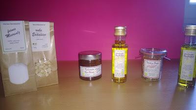 Produktpaket mit verschiedenen Produkten