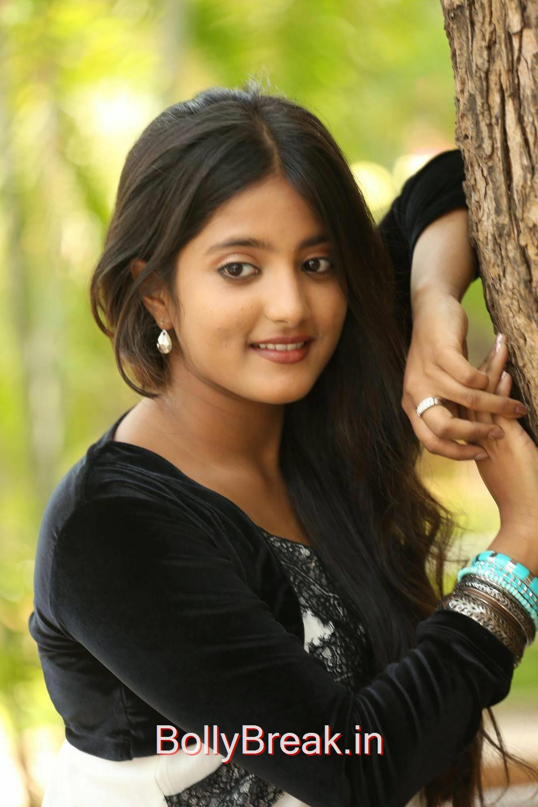 High Quality Ulka Gupta Pics, Cute, Sweet, Innocent Indian Actress Ulka Gupta hot HD Photo Gallery Pics