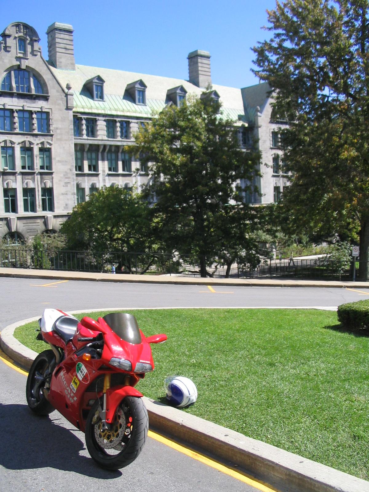 Ducati 916 McGill