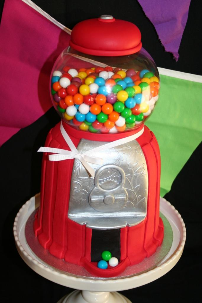 Leonie's Cakes and Parties . . . . .: Gumball Machine ...