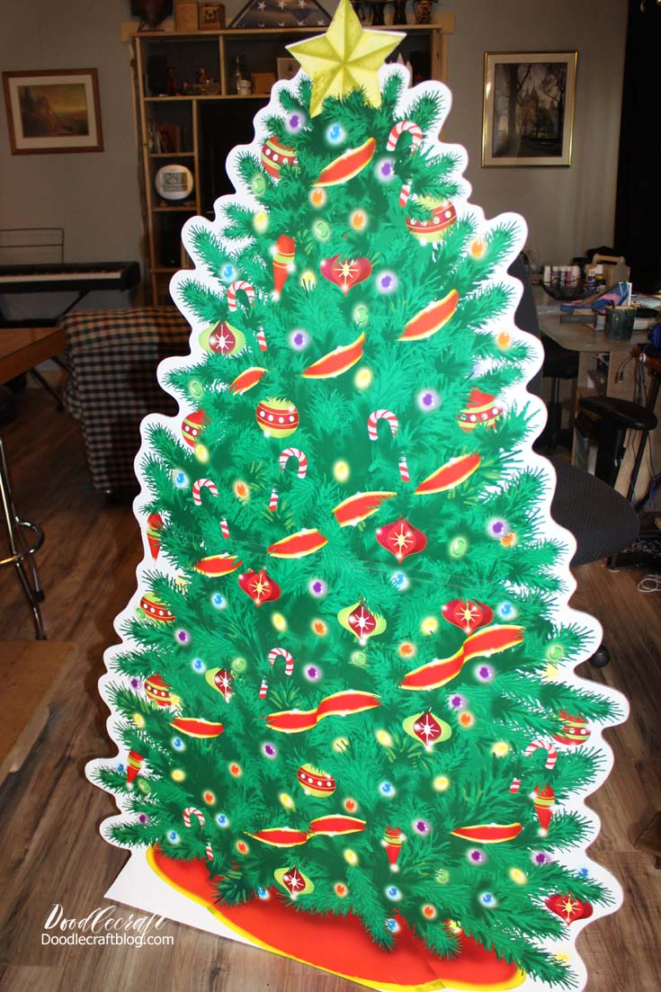 Doodlecraft: Cardboard Cutout Christmas Tree with Real Lights