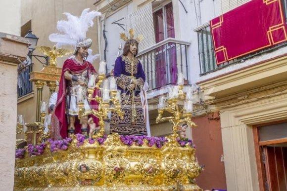 Un nuevo altar y una nueva imagen secundaria para Sentencia de Cádiz, a la espera