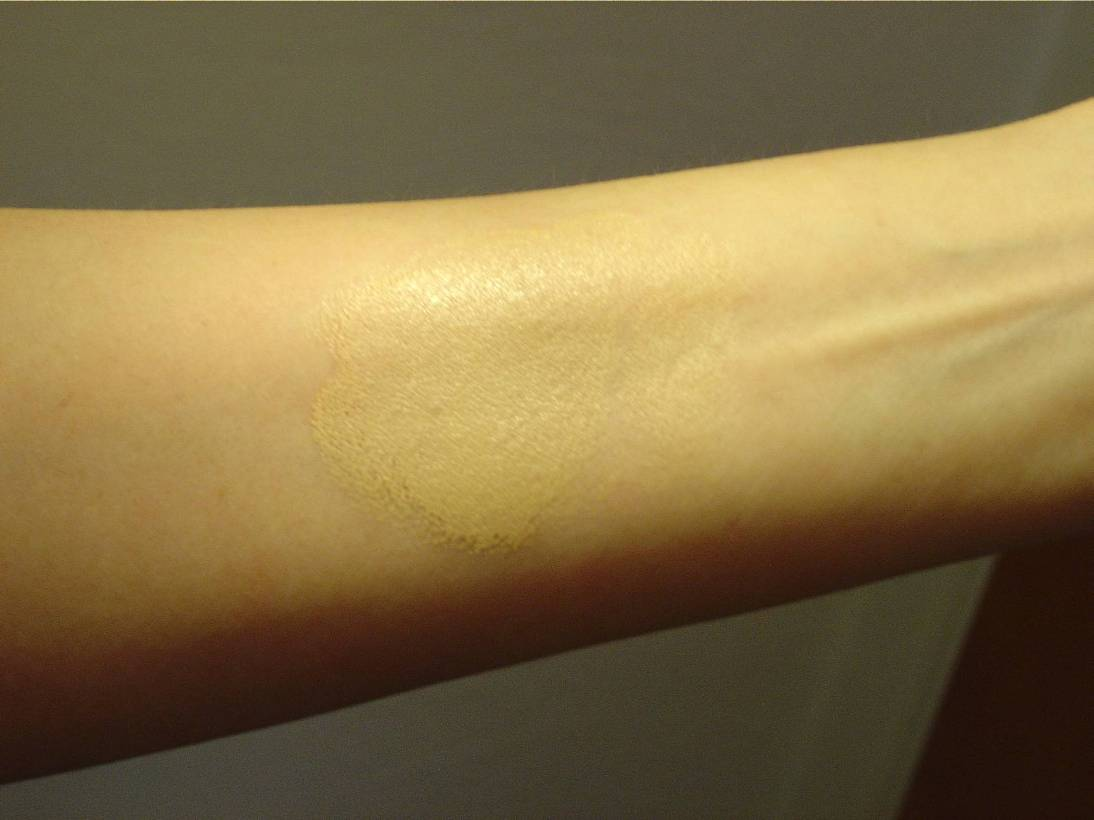 swatched Jane Iredale's Glow Time Full Coverage Mineral BB Cream in BB5.jpeg