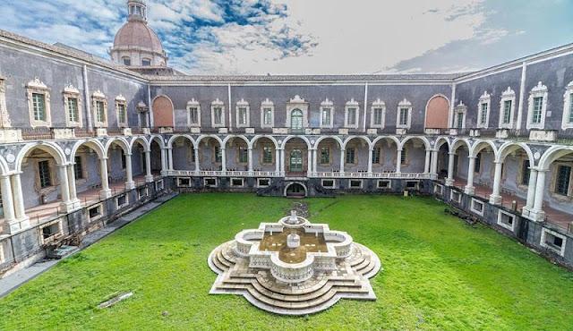 Monastero dei Benedittini em Catania